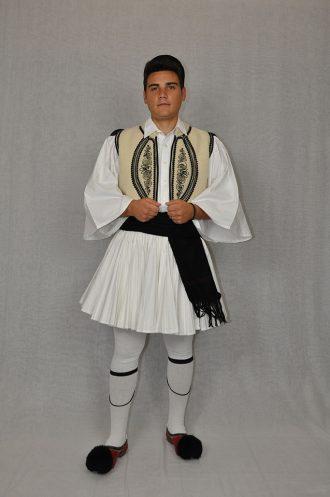 Karagkouna-Thessalia-Andriki-paradosiaki-foresia
